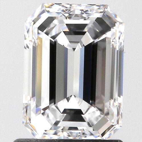 Diamant taille émeraude 1 carat couleur D qualité IF