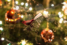 1134-christmas-tree-decorations.jpg