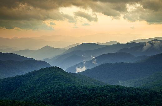 mountains-bg.jpg