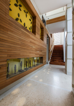 Staircase wall niches and sequential cut-outs