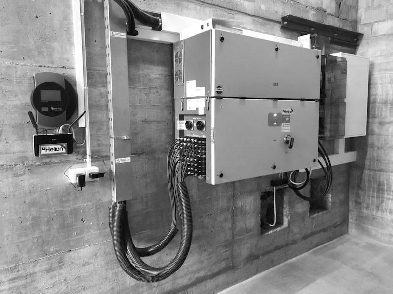 Wechselrichteranlage zur Wechselstromerzeugung - Käser Biberist AG Oberflächenfinish
