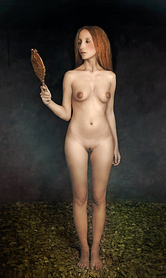 Naked lady with mirror _ Portrait