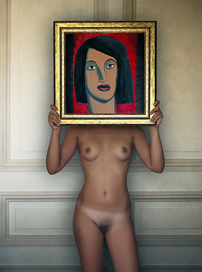 Naked woman with painted head _ Portrait
