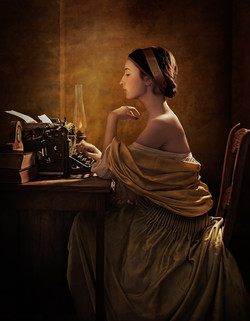 SM _ Young lady and typewriter