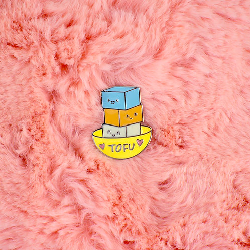 pin de metal - tofu
