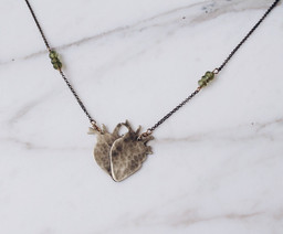 Double anatomycal hearts necklace