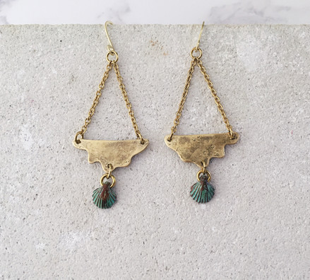 Ocean waves earrings, brass and metal green patina shell