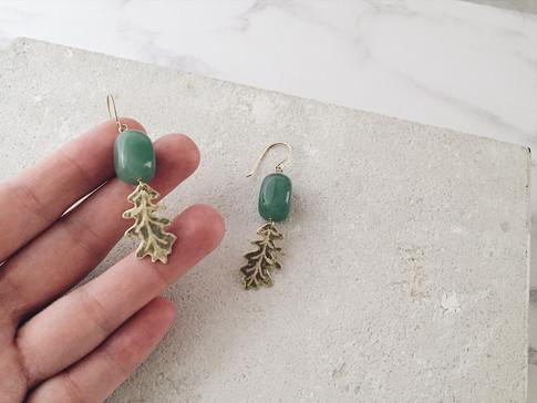 English Oak earrings, brass and aventurine