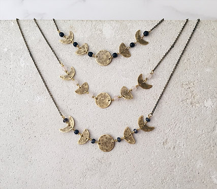 Five Moon phases short necklace in brass