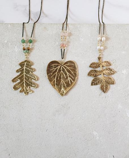 Maxi leaf necklaces