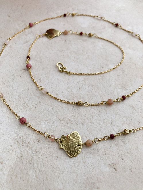 Plage Tahiti necklace, Two shells necklace in brass and pink gemstones