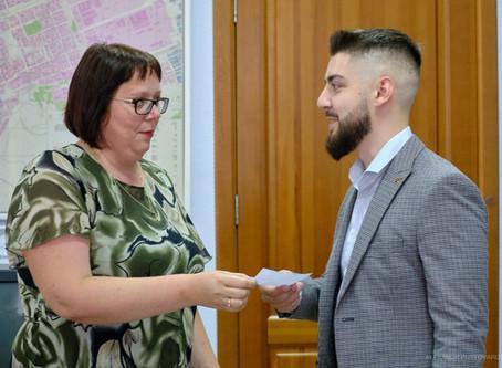 Избирательная комиссия зарегистрировала Ульянова Олега Олеговича в качестве кандидата в депутаты