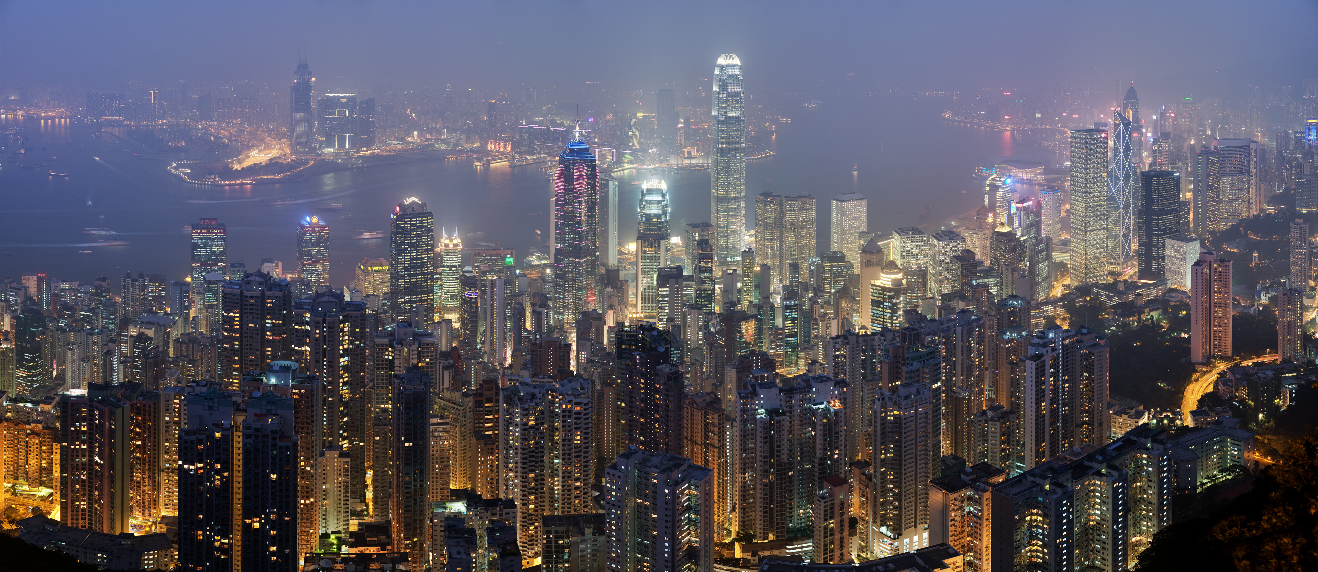 Hong_Kong_Skyline_Restitch_-_Dec_2007 (1