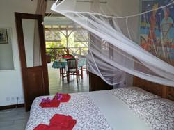 chambre lit en 160 villa Pitaya