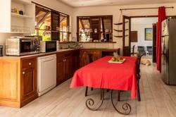Cuisine équipée villa Pitaya