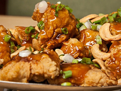 Leong's Asian Diner, Home of the Original Springfield Style Cashew Chicken