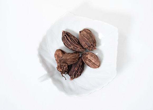 Cardamom Pods, Black, Whole