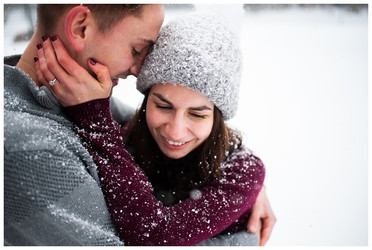 Alexis & Paul's Winter Engagement Session | Hamilton College, Clinton, NY