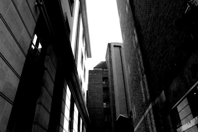 Perception 112: Alleyway, London