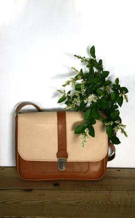 lili medium nude plante2-min.jpg