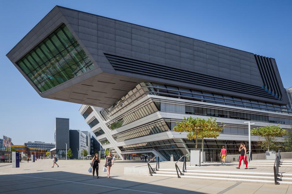 Library and Learning Centre University of Economics Vienna - Zaha Zaha Hadid Architects
