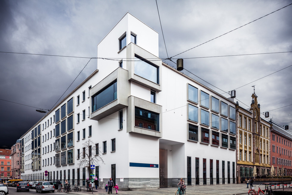BTV Stadtforum - Heinz Tesar Architect