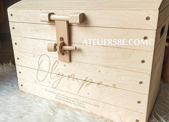 Petit coffre de naissance personnalisé cadeau de naissance en bois