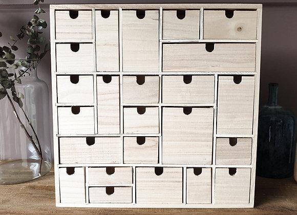 Calendrier de Noël tiroirs de différentes tailles
