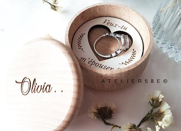 Boite bague pour demande en mariage en bois personnalisée