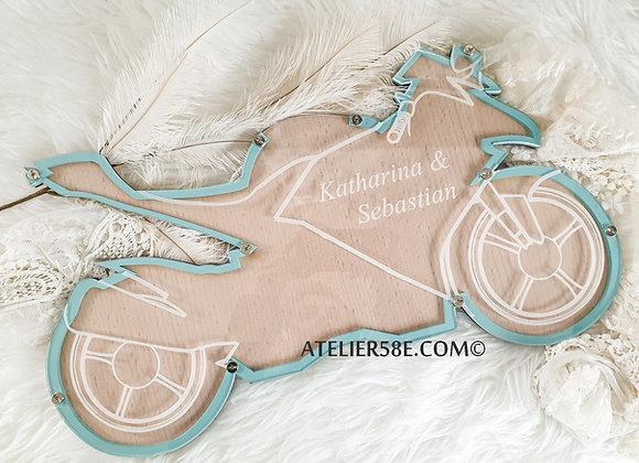 Livre d'or moto pour mariage sur le thème motard avec gravure personnalisée