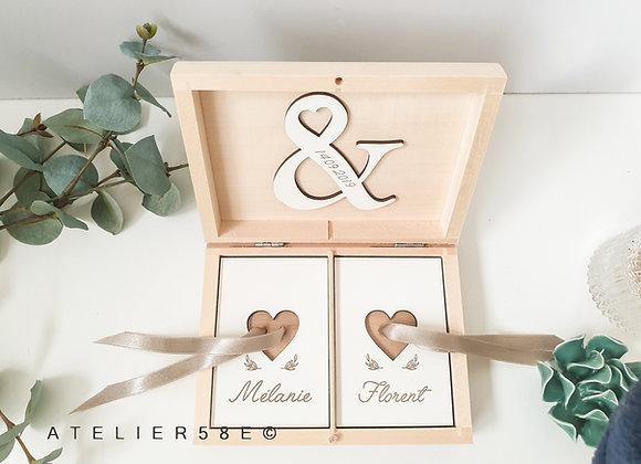 Porte alliance en bois mariage champetre chic personnalisé