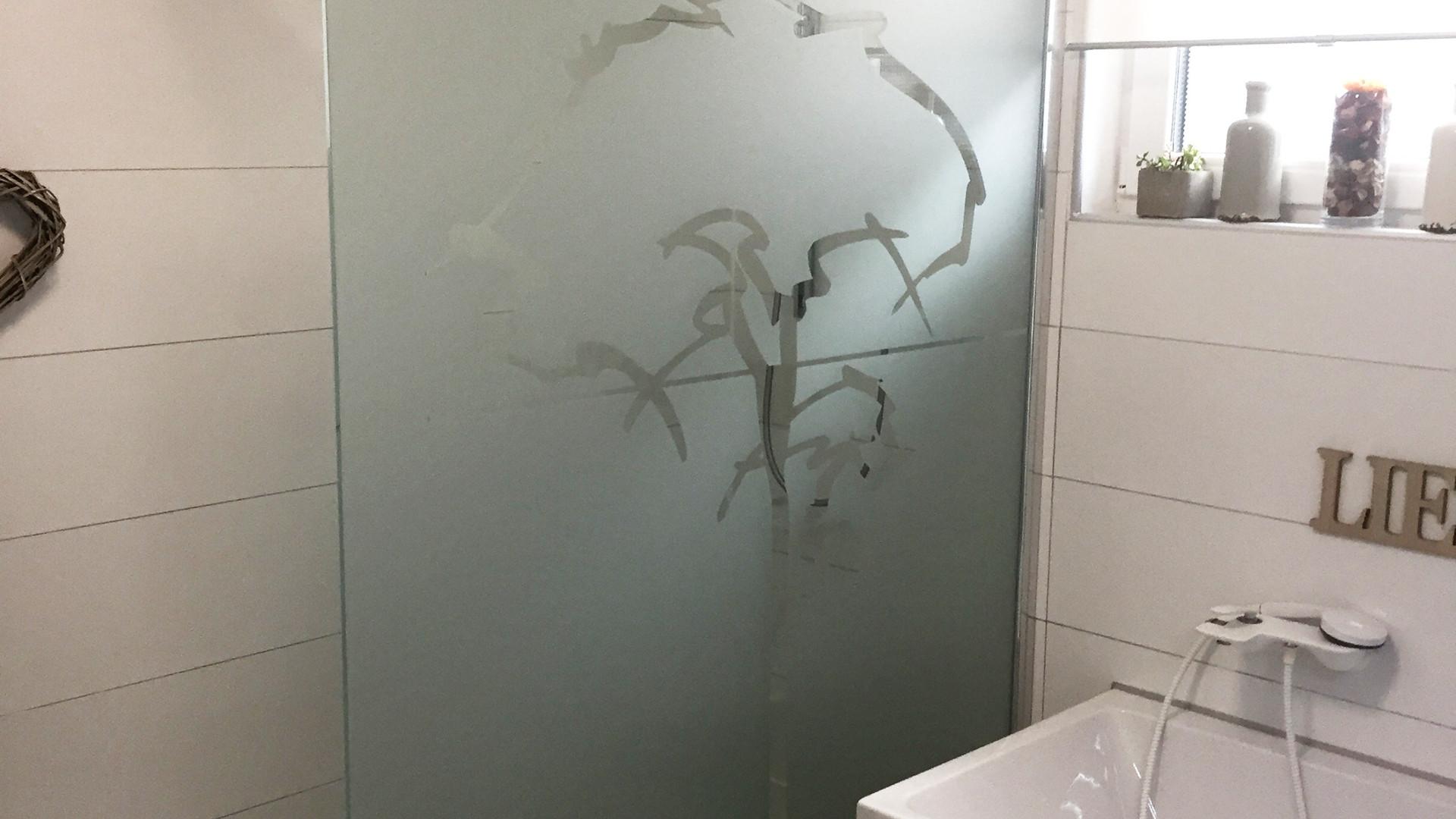 Milchglas Bad