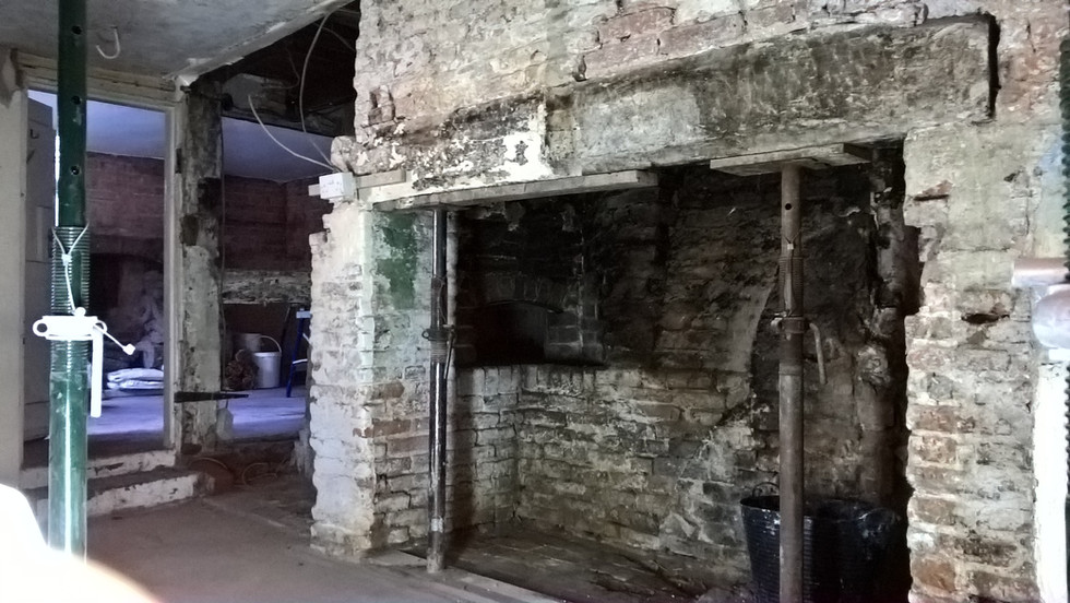 Worcestershire C17 Inglenook fireplace and bread oven prior to repairs