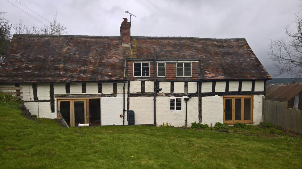 C16 Shropshire cottage prior to repairs
