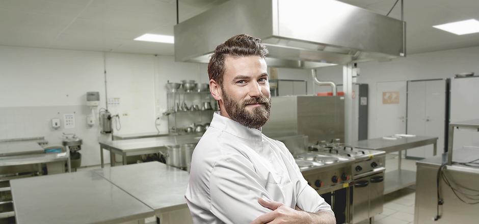 Chef em uma cozinha