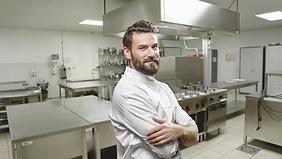 Chef in einer Küche
