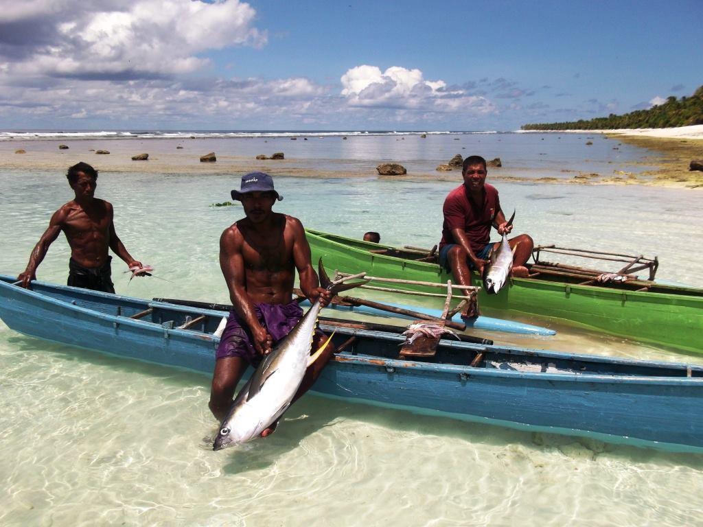 Fishermen in Tamana Is-Kiribati.jpg