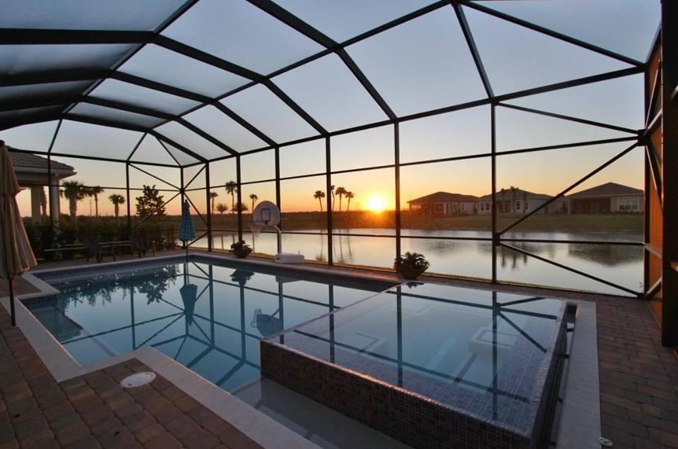 Pool Patio Enclosure Screen Replacement