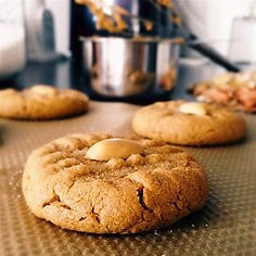 glutten-free-peanut-butter-cookies_orig.