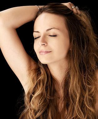 Lavaggio parrucche capelli naturali: il segreto per mantenerle sempre belle