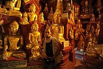 Emiliano Pinnizzotto Myanmar Grotta 8000 Buddha
