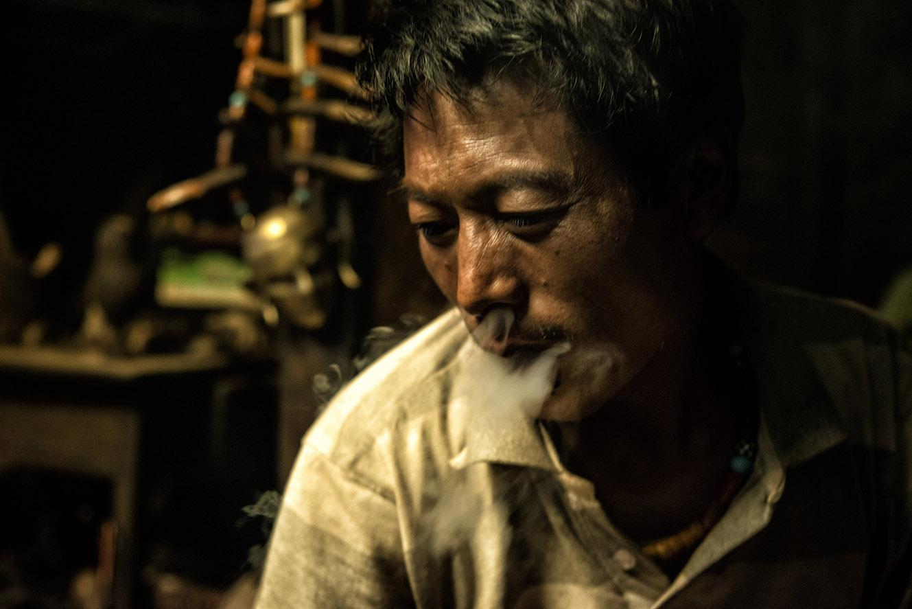 Opium - confini d'oppio
