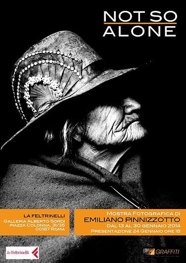 Emiliano Pinnizzotto Mostra Fotografica Not So Alone Feltrinelli