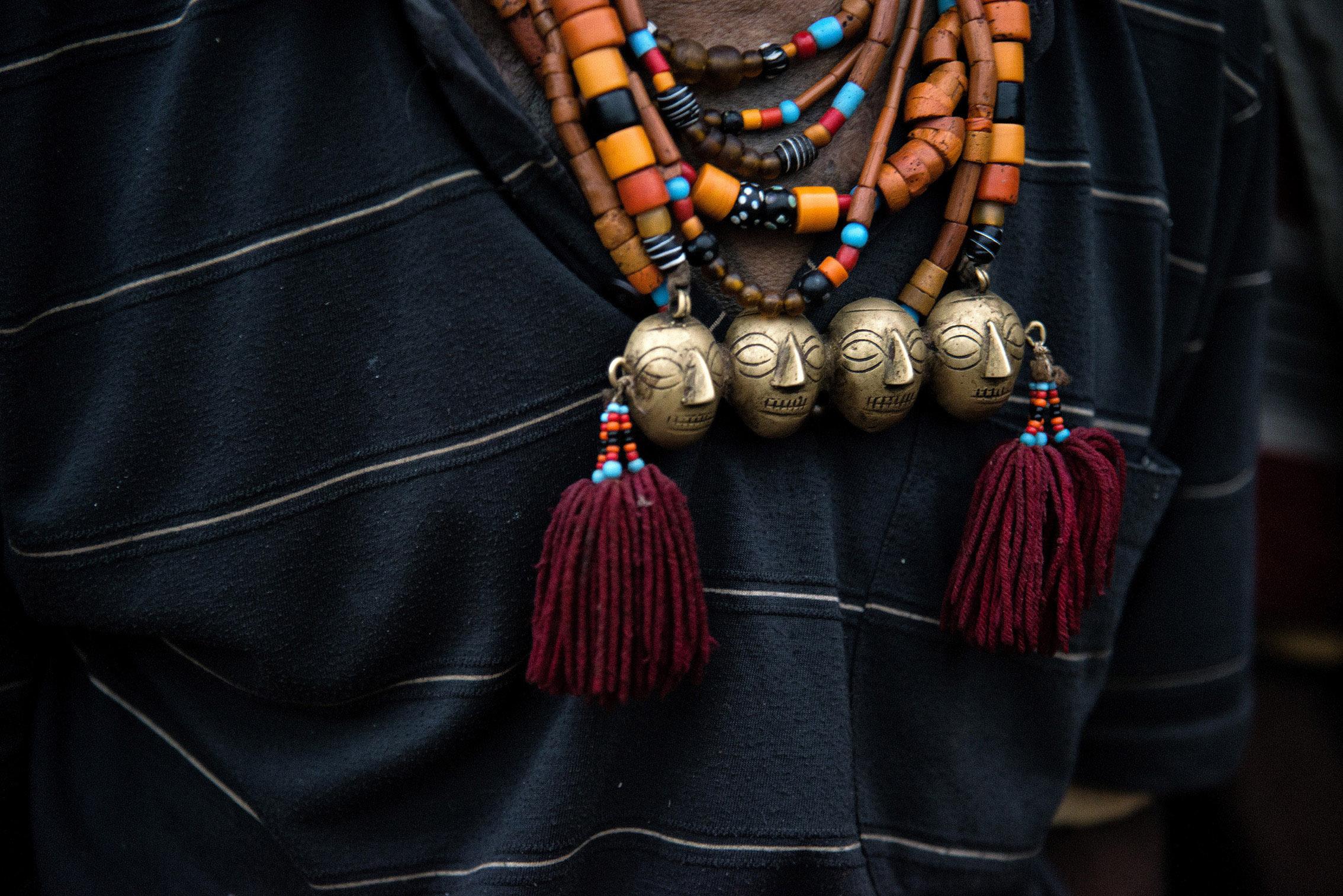 Bronze Heads - Head Hunters Nagaland