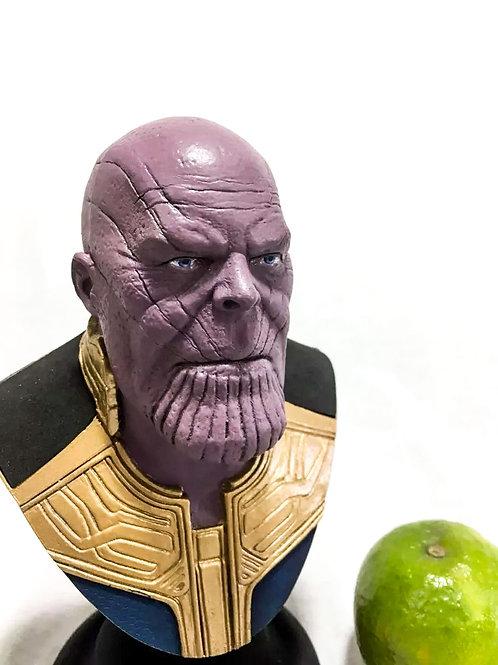 Thanos Busto