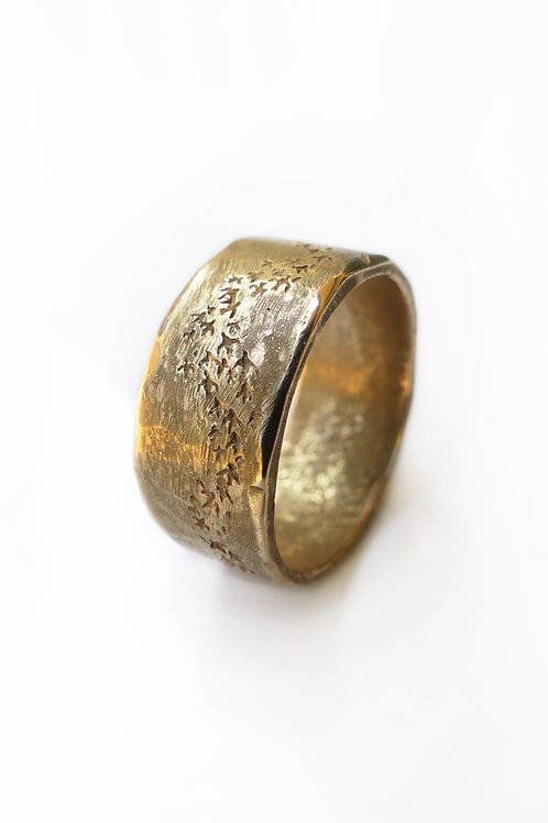 Murmuration Gold Ring - Rustic Men's Wedding Band