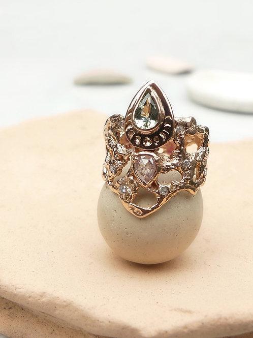 14k Gold Green Sapphire & Pink Diamond Ring