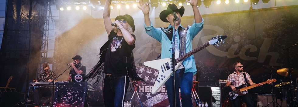 Big and Rich Backdrop