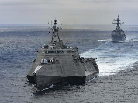 Une nouvelle vidéo montre des ovnis lumineux près du navire de la marine américaine USS Omaha.