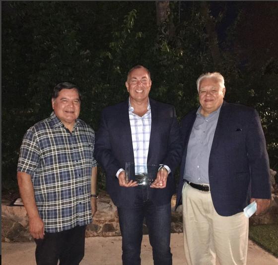 Chief Hadfield wins leadership award